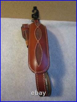 NOSVintage AA&E Padded Top Grain Brown Leather Rifle Shotgun Gun Sling / Strap